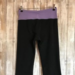 LULULEMON Black / Purple Band Slit Cropped Capris